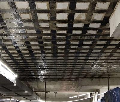 结构梁板碳纤维加固施工